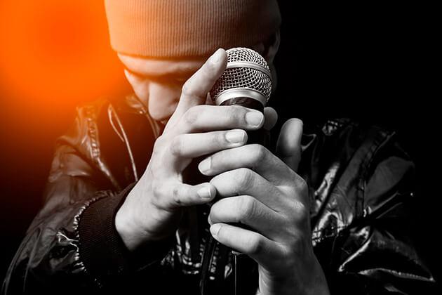 30歳をすぎても歌手になりたい!アラサーが歌手になるには?!